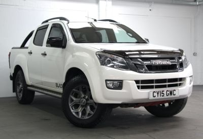 Isuzu D-max 2.5TD Blade Double Cab 4x4 Pick Up Diesel WHITE at Weybridge Isuzu West Byfleet